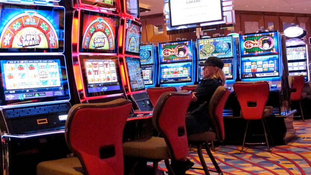 What The In-Crowd Won't Tell You About Online Betting
